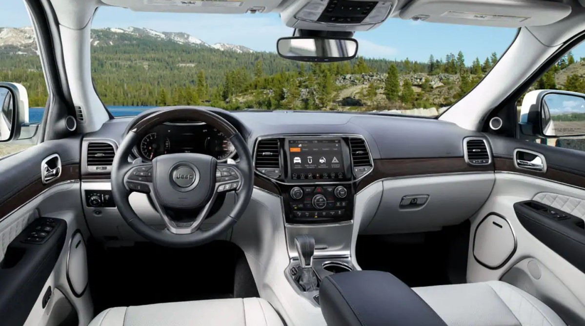 2019 Jeep Grand Cherokee Seating Interior